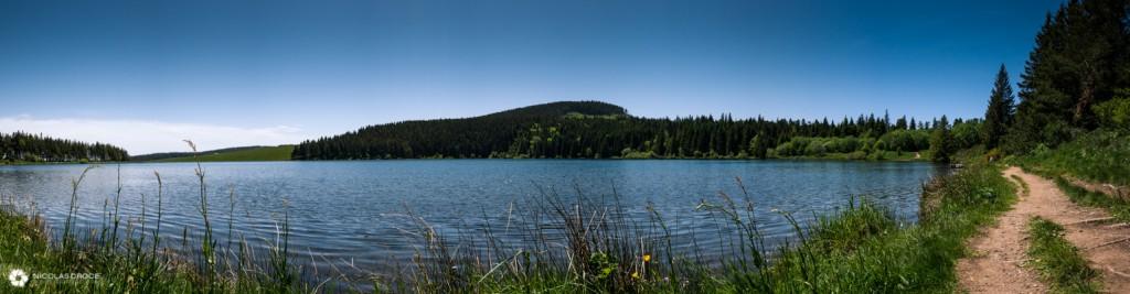 Panorama du lac de Servieres